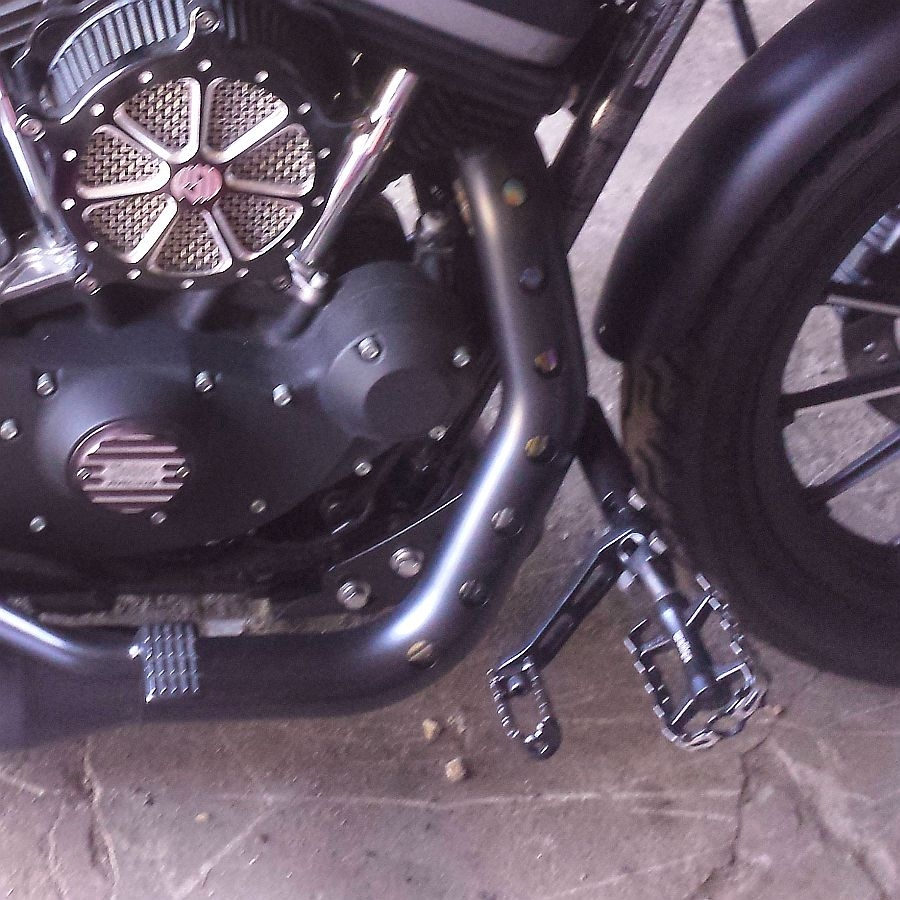 frame mounted highway peg kit harley davidson dk custom