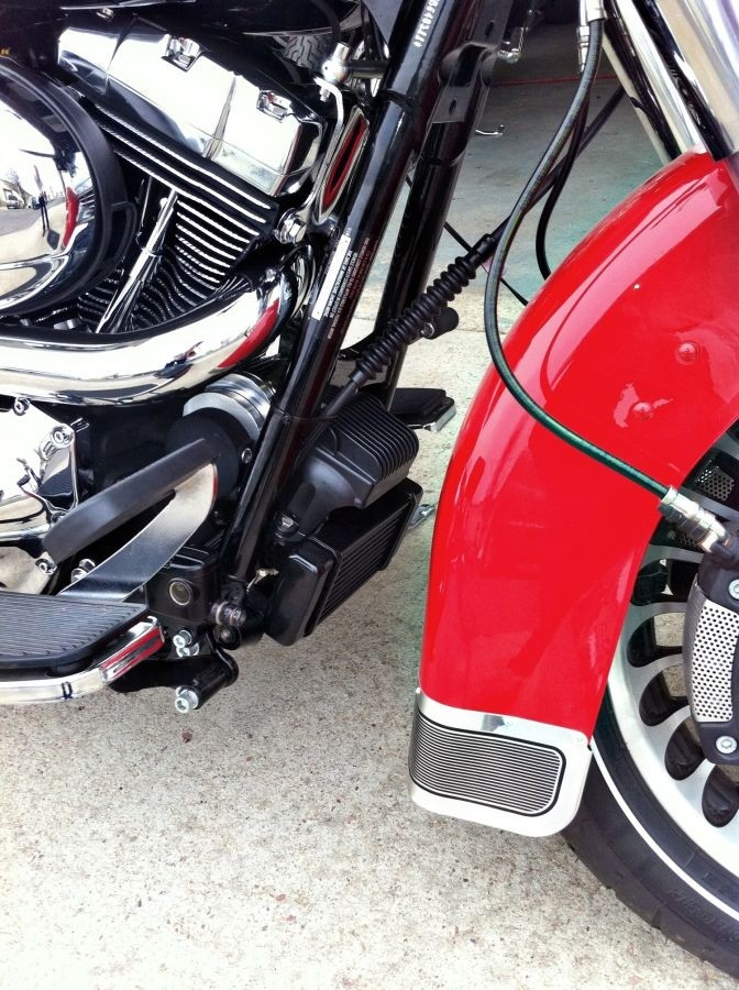 LowMount Fan Assisted Oil Cooler System  Harley Touring Models Harley-Davidson Motorcycles DK Custom High Flow Performance Softail Touring Trike Freewheeler Big Twin Evo Milwaukee Eight Sportster  Cooler Running Motor Jagg HD Black