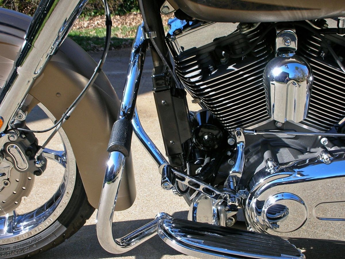 Fan Assisted Wideline Oil Cooler System for Harley Motorcycles DK Custom High Flow Performance Dyna Cooler Running Motor Jagg HD 10 row Black Softail Touring Trike Freewheeler Big Twin Evo Milwaukee Eight Sportster