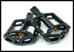 DK Custom Pinned BMX FootPeg Harley Trap traction pin Outlaw Foot pegs Shock absorbing ISO Isolator