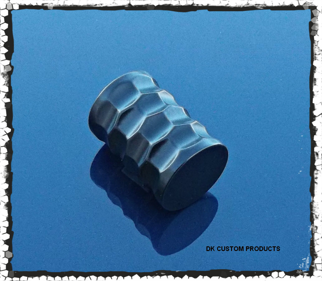 Black Powder Honeycomb Cut Gear Shift Peg Harley-Davidson