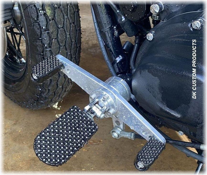 DK Custom Harley Foot Peg Footpegs Trap NDW Outlaw Pegs Sportster Dyna Highway Softail